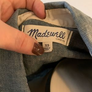 Madewell Tops - Madewell denim button down top